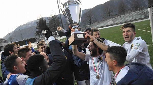 Laives, 15 dicembre 2019: il Trento festeggia l'ultima Coppa Italia regionale assegnata