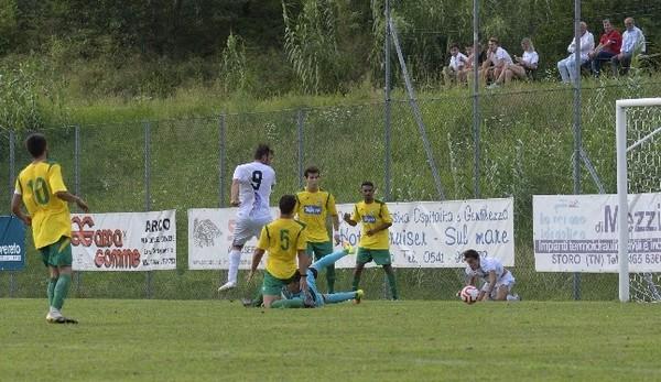 Il gol di Pecoraro nel match di Coppa tra Dro Alto Garda e ViPo Trento
