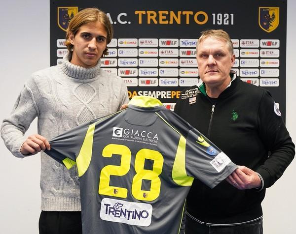 Matteo Ronchi con il presidente Mauro Giacca