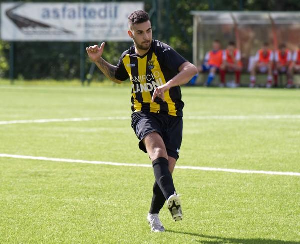 Il centrocampista giallonero Adel Alouani