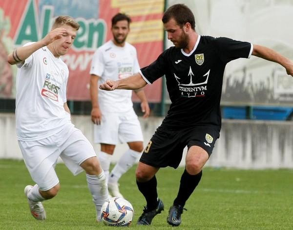 Positiva la prova del centrocampista giallonero Sharin Pasini