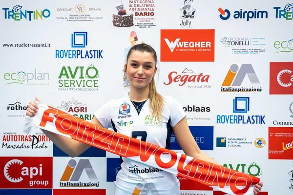 Livia Tresoldi, centrale classe 1998 di Cassano d'Adda (Milano), nella sede di Volano Volley (Foto a cura di Nicola Stedile)