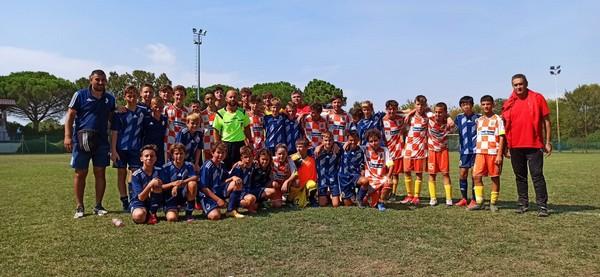 I ragazzi del Nogaredo assieme a quelli della Lokomotiv Zagabria