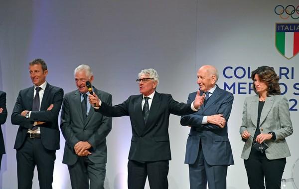 Fondriest e Moser (da sinistra) durante la cerimonia (foto S. Ferraro/Coni)