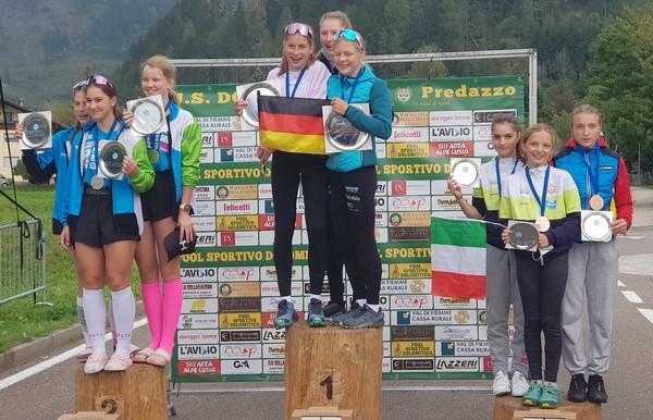 Il podio femminile della combinata con l'Italia terza