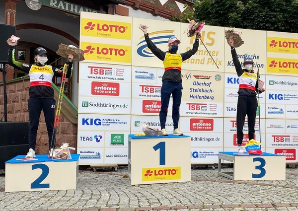 Annika Sieff sul terzo gradino del podio ad Oberhof