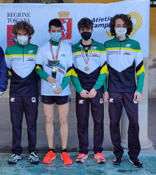 La formazione Allievi Campione d'Italia di Cross 2021 (Barozzi D., Ropelato F., Vlasuga S., Ropelato C.)