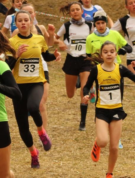 Un momento della gara Cadette con Chiara Tomaselli (n.33) e piu'dietro Anne Cavalieri